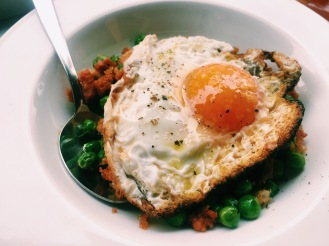 Chorizo with peas
